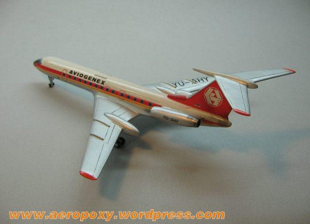 Tupoljev TU-134 Aeropoxy 1-200__002
