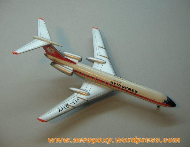 Tupoljev TU-134 Aeropoxy 1-200__004